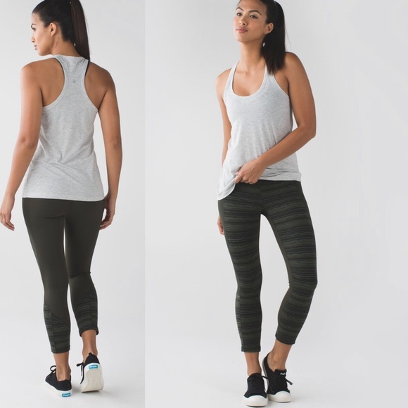 lululemon athletica Pants - Lululemon Give Me Qi Crop Leggings